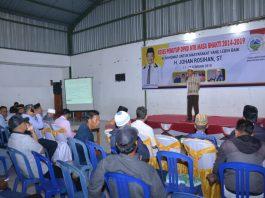 Ketua Komisi III DPRD NTB yang juga Calon Anggota DPR RI Dapil NTB 1 Pulau Sumbawa dari PKS, H. Johan Rosihan, ST., saat menggelar reses di Kota Sumbawa. (Harian Nusa.Com)