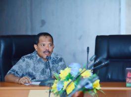 Ketua Pansus II DPRD NTB, H. Johan Rosihan, ST memimpin Rapat Pansus II. (istimewa)